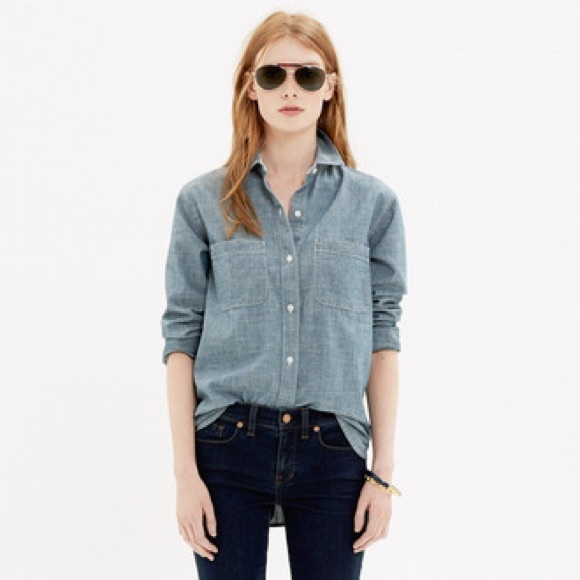 Madewell Tops - Madewell Classic Chambray Buttoned Shirt